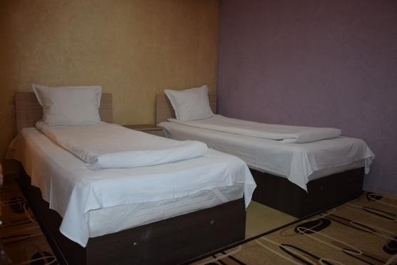 Room № 8